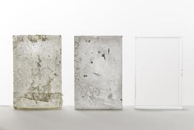 Cases, 2014. 24,4 x 57 x 5cm. Plexiglass, acetone, acid, water. - © Ben Elliot