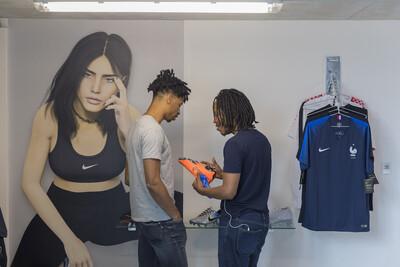 Ben Elliot Shop, 2018. Exhibition view @ Magasins généraux, Paris, France. - © Ben Elliot