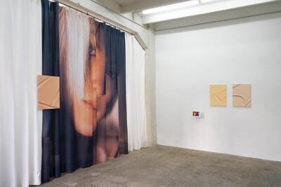 Meitu MakeupPlus, 2018. Exhibition view, EXO EXO, Paris, France. - © Ben Elliot